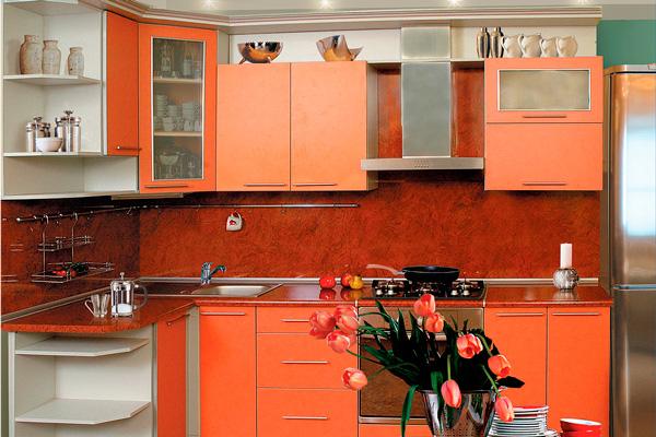 Кухня в оранжевом цвете: от темного к светлому
