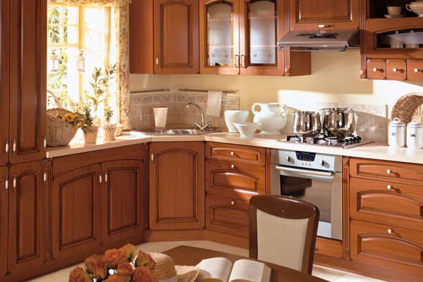 Удобная кухонная обстановка