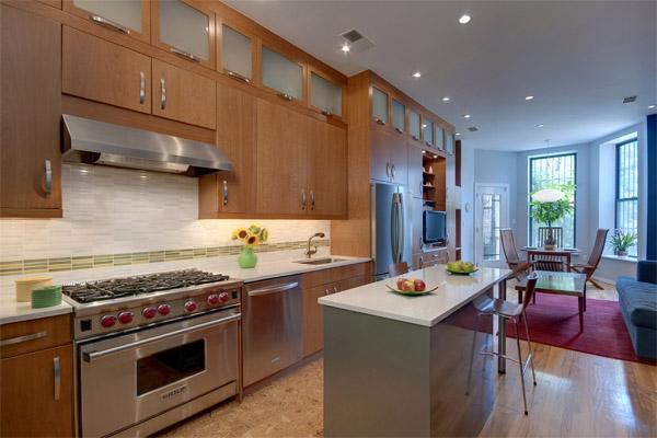 Расстановка мебели в кухне-столовой
