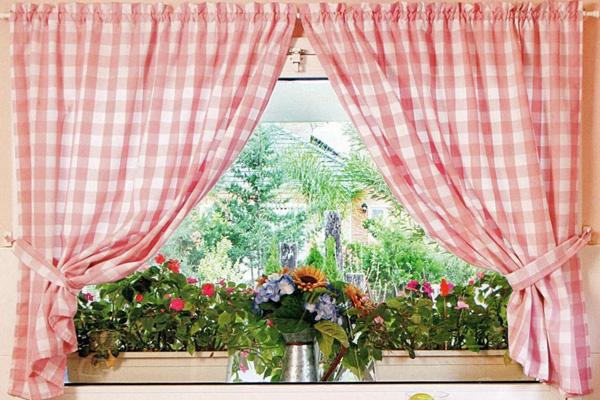 Присобранные шторы кантри