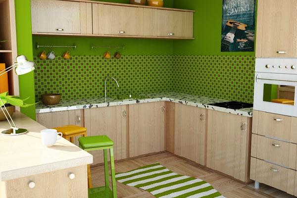Гарнитур натурального цвета дерева в кухне с зелёной стеной