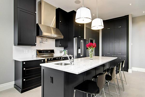 Оригинальный дизайн черно-белой кухни