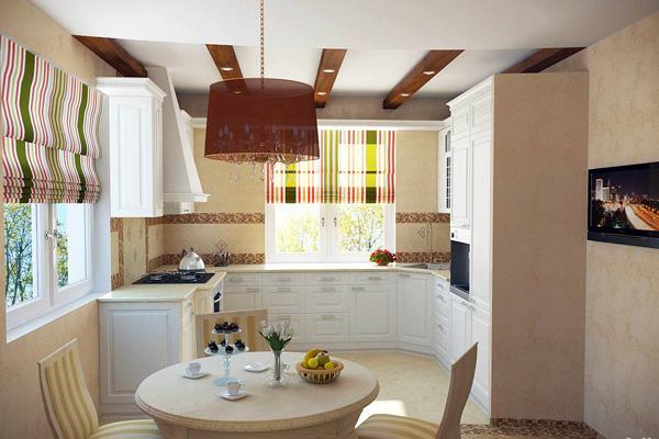 Кухня с двумя окнами на разных стенах