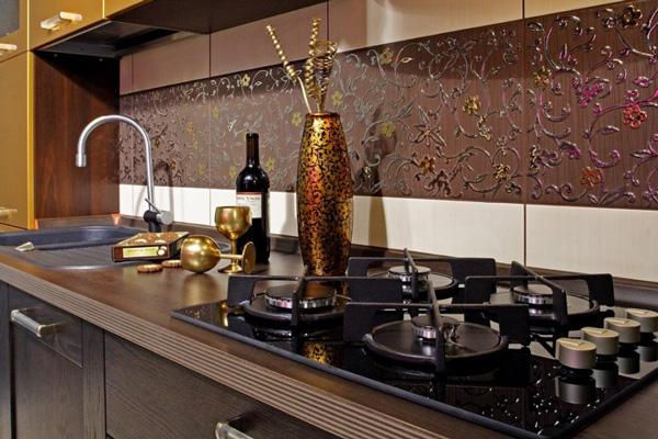 Кафельная плитка с виниловыми наклейками в качестве кухонного фартука