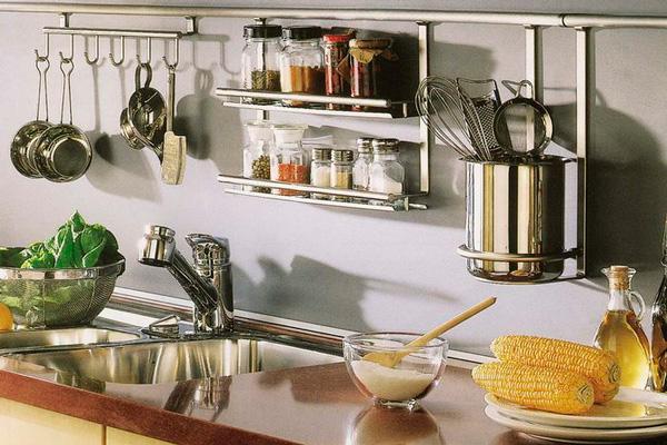 Хромированая вешалка для кухонной утвари