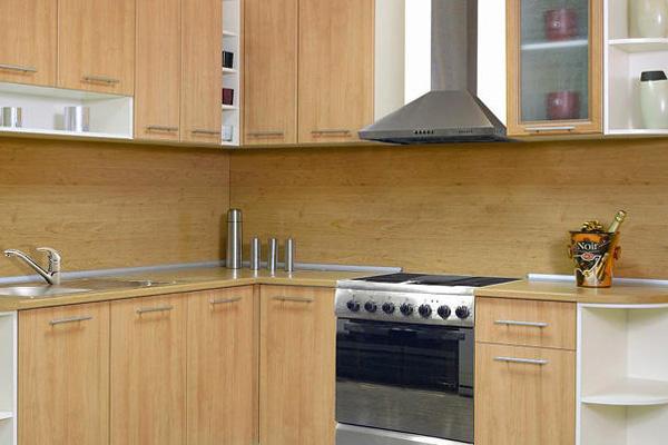 Деревянное оформления кухни