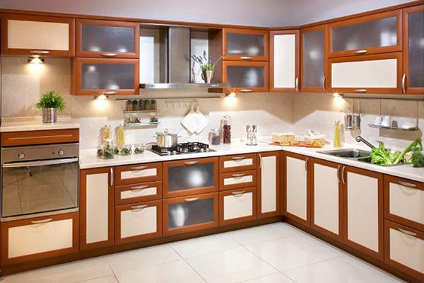 Кухонный гарнитур с отделкой МДФ рам