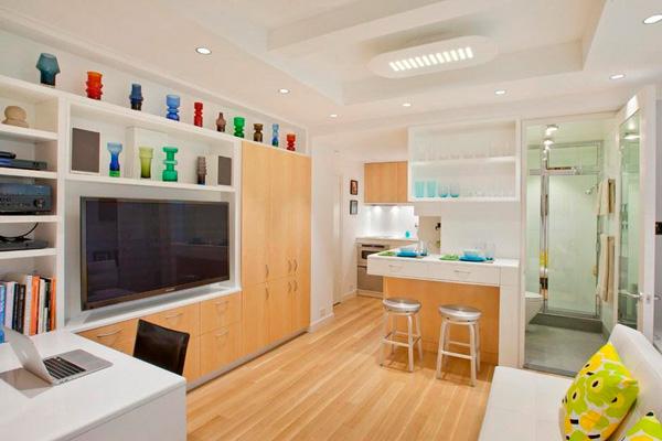 Барная стойка вместо обеденного стола в квартире-студии