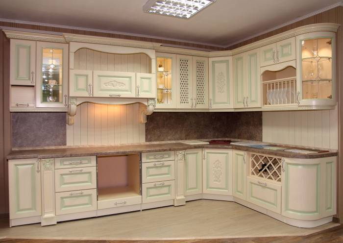 Кухонный гарнитур из массива дуба